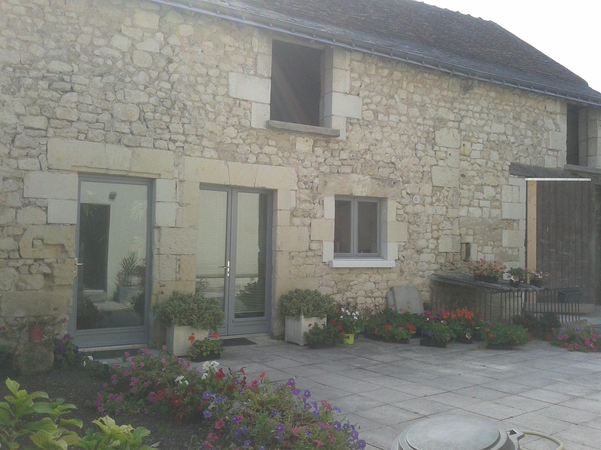 Maison ancienne A  St EPAIN