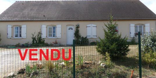 Maison de plain-pied à Veretz