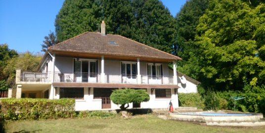 Maison Familiale A COURBOUZON (41500)